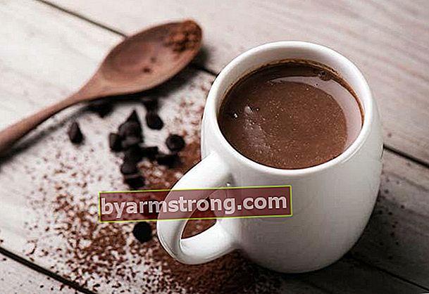 Bagaimana cara membuat cokelat panas di rumah?