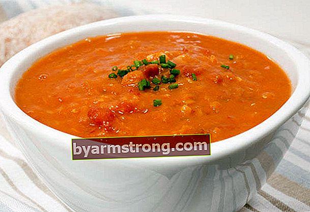 압력솥의 렌즈 콩 수프