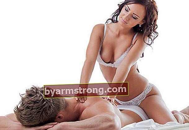 Tecniche di massaggio sexy che gli uomini adoreranno