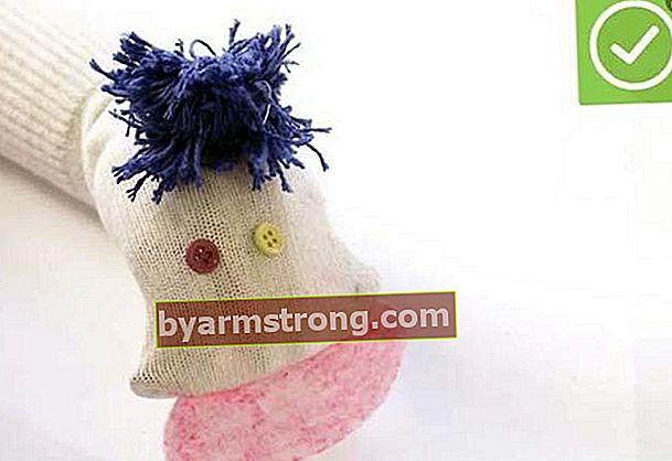 Pembuatan boneka dari kaos kaki