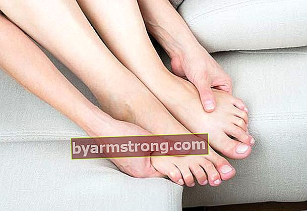 겨울철 땀에 젖은 발을위한 솔루션