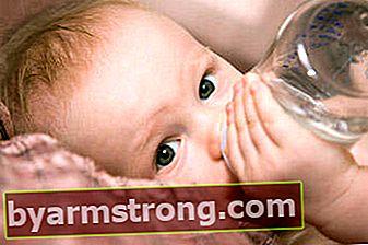 """""""Bila perlu, air bisa diberikan kepada bayi yang mengambil ASI"""""""