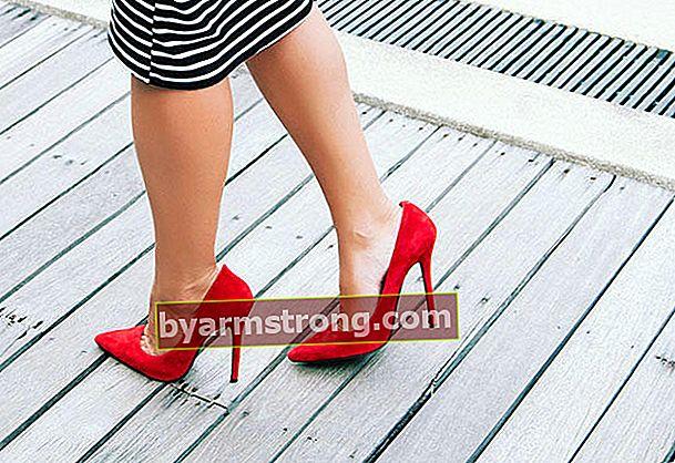 Suggerimenti per camminare con scarpe col tacco alto