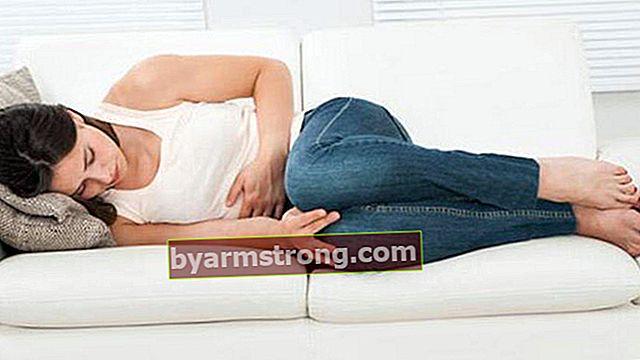 Menyebabkan perut sejuk? Apa yang baik untuk selesema perut, bagaimana keadaannya? Apakah simptom perut sejuk?