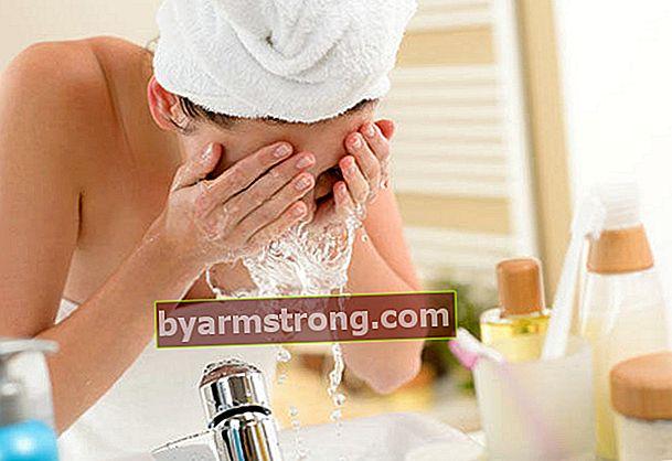 Purifica la tua pelle con il sale