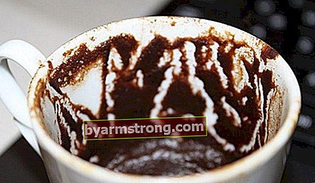 팔다 올빼미를 본다는 것은 무엇을 의미합니까? 커피 포춘에 올빼미 모양이 나타난다는 것은 무엇을 의미합니까?