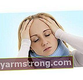 Cause di mal di testa intorno agli occhi