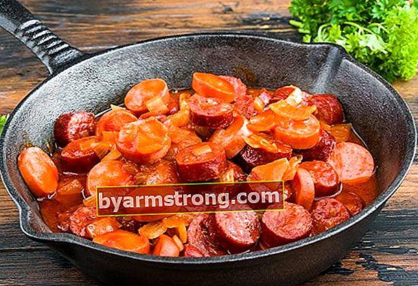 Come fare la salsiccia con concentrato di pomodoro?