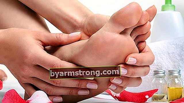 Cosa fa bene al piede d'atleta? Come passa un fungo in piedi? Ecco alcuni rimedi naturali