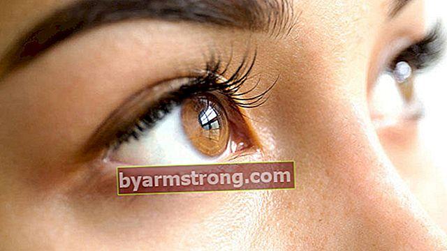 Consigli per il trucco che stupiscono gli occhi marroni
