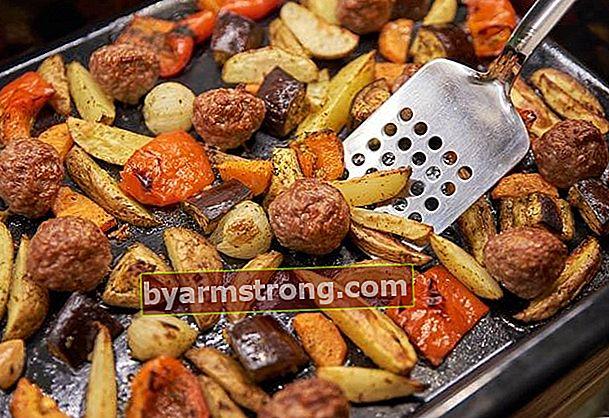 Resep kebab terong dengan bakso di oven