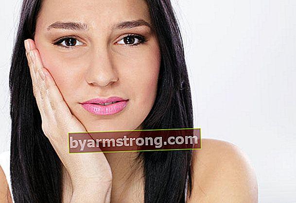 Consigli per chi ha mal di denti durante la gravidanza