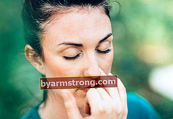 Soluzione per la congestione nasale (miscela naturale per la congestione nasale)