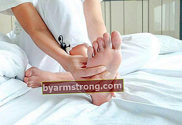 Come fare un massaggio ai piedi a casa?