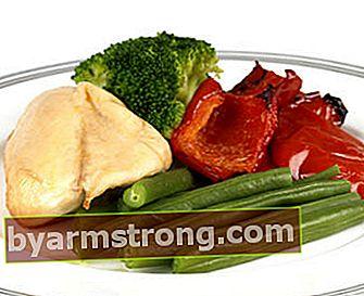 Quante calorie ci sono nel pollo bollito?