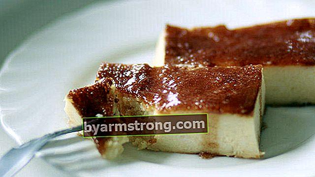 Dessert berbahan baklava phyllo rasa karamel yang renyah dan tipis
