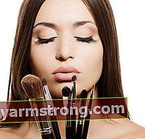 I cosmetici scaduti versano veleno!