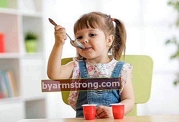 Apakah yogurt buah diberikan untuk bayi?
