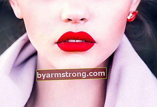 Come passano le rughe e le lentiggini sulle labbra?