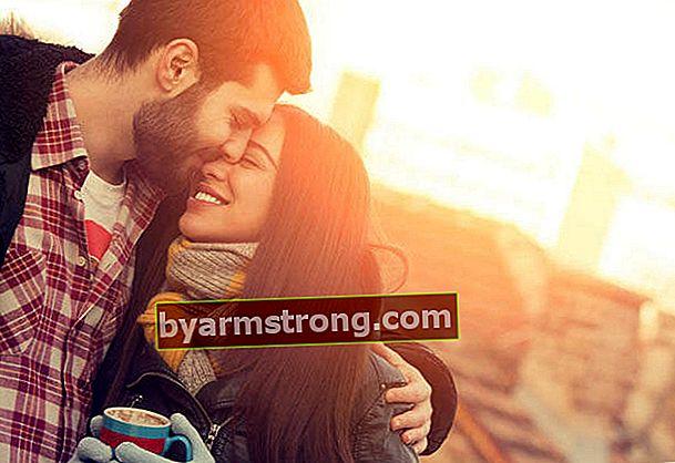 Hubungan bahagia genit yang tepat