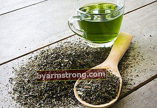 ชาเขียวมีประโยชน์หรือโทษ?