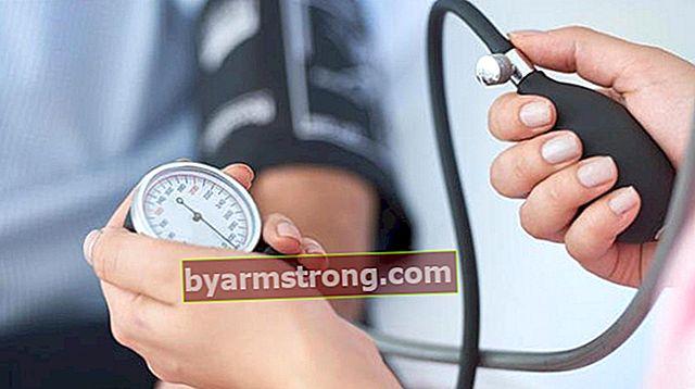 Quale sezione andare per la pressione sanguigna? Quale medico dovrebbe un appuntamento per la pressione alta e bassa pressione sanguigna?