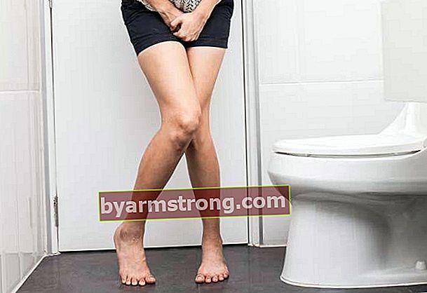 Che cos'è l'ematuria (sanguinamento urinario) e come viene trattata?